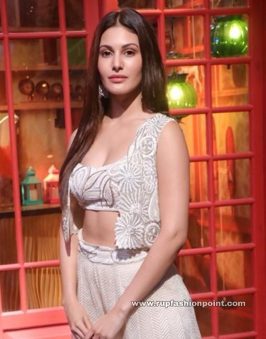 Amyra Dastur in Ritika Mirchandani
