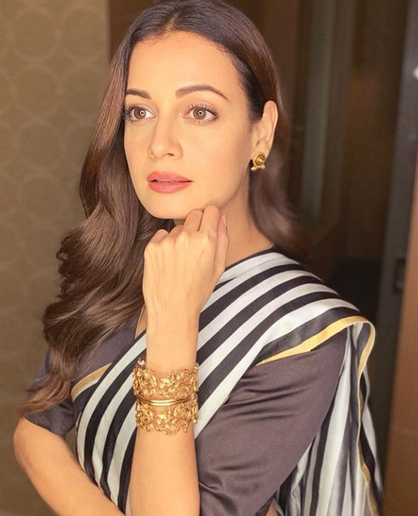 Dashing Dia Mirza in Raw Mango