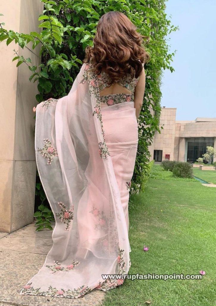 Dia Mirza in Anamika Khanna Saree